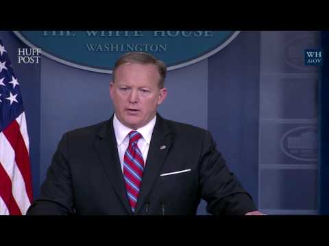 """Sean Spicer Flounders On """"Lost"""" Aircraft Carrier"""