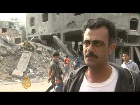 Israeli air strikes level Hamas HQ