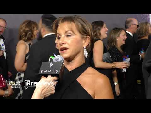 SAGAFTRA President Gabrielle Carteris on when she knew she wanted to act  2017 Primetime Emmys