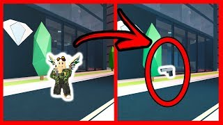 TIP TO BE INVISIBLE 100% IN JAILBREAK - ROBLOX