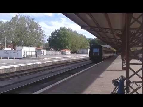 Trenes en la estación de Ferrol