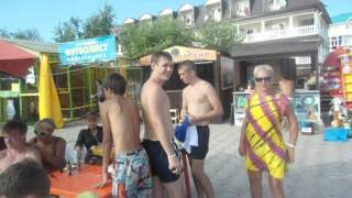 Новомихайловка (Вахняк выбирает тату)(, 2012-10-05T21:45:54.000Z)