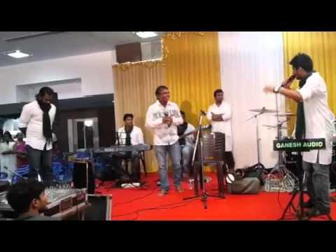 Vizhigalil Arugunil Vanam-  Ramesh Vinayagam and Aathreya