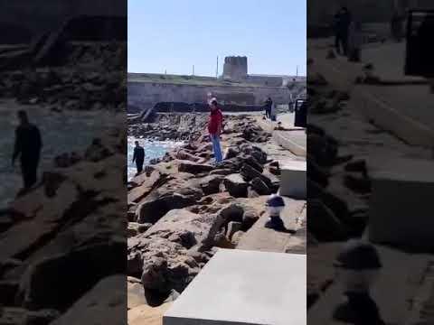 Fardos de hachís en la isla de Tarifa