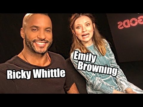 """Ricky Whittle & Emily Browning über """"American Gods"""""""