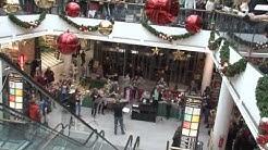 Flashmob singt Weihnachtsoratorium in Freiburger Einkaufszentrum