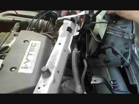 2001 2006 Honda CR V AC and Radiator Fan Replacement
