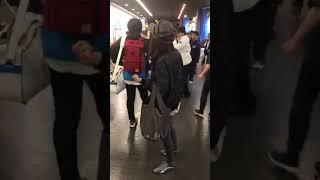 子供相手に激怒男が怒鳴る動画 札幌ドームで撮影しTwitterで拡散炎上 子どもを投げつける 検索動画 13