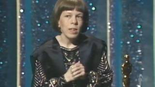Linda Hunt Wins Supporting Actress: 1984 Oscars