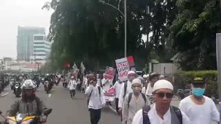 Front Pembela Islam (FPI) Members Marching Towards Istiqlal Mosque In Jakarta