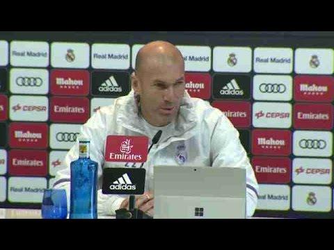 """""""Danilo está preparado e sempre quer jogar"""", diz Zidane - 동영상"""