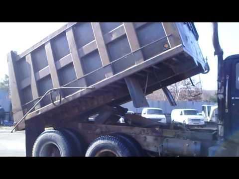 1982 Mack DM685SX Tandem Axle Dump Truck - TRO 1121161