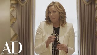 Kim Cattrall Attempts to Make Sushi | Architectural Digest