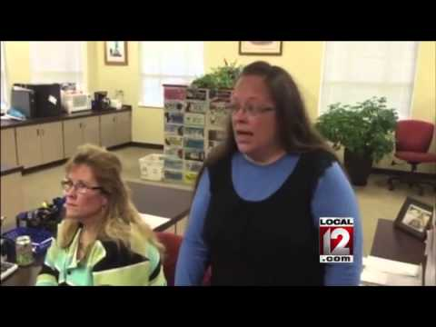 No marriage licenses at Kentucky clerk