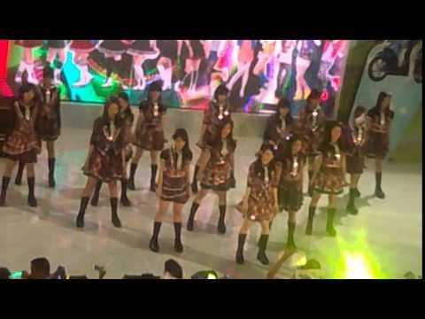 JKT48 - River (Live Royal Plaza Surabaya 2015.01.25)