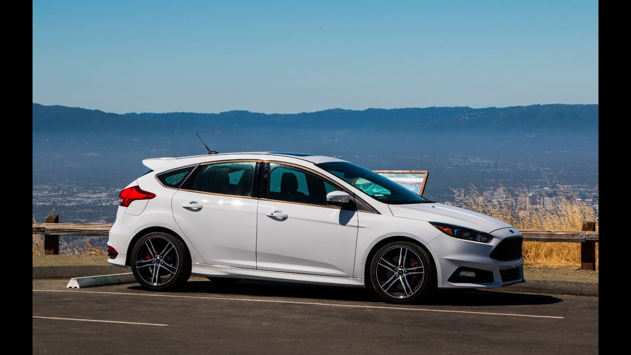 2015 Ford Focus ST review: The Near-Perfect $25,000 Hot Hatch? - YouTube