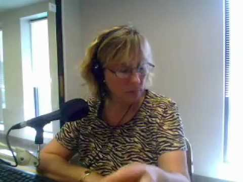 iWineRadio951a Code 38 Wine Key is Sexy and Dependable\Jeffrey Toering
