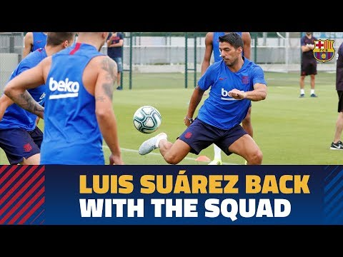 FOLLOW LUIS SUÁREZ | First workout with the rest of the group