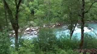 Горная река в Черногории. Рафтинг(БОЛЬШЕ ВИДЕО И ФОТО : ЧЕРНОГОРИЯ - СКАЗОЧНАЯ СТРАНА (фото, видео) http://tyrizm-otdyh.blogspot.ru/2015/06/blog-post.html., 2015-06-19T06:46:15.000Z)