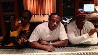 Dr. Dre ft. Snoop Dogg, The Game and Akon - Kush (Remix)