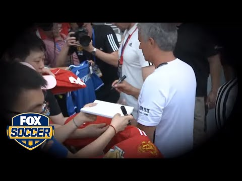 Mourinho refuses to sign Chelsea shirt