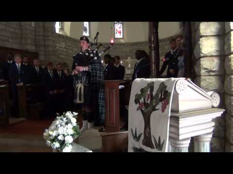Highland Cathedral (Bagpipes and Organ)