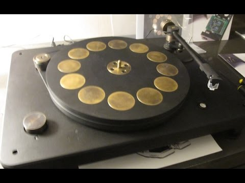 Fern & Roby's Montrose— A Made in USA Turntable   from Pear and Thales