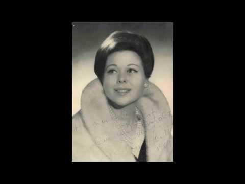 """Renata Scotto - """"E strano... Ah, fors'è lui... Sempre libera"""" (live in 1962)"""
