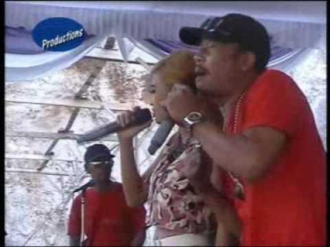 Live Show OM BoloDewo Terpanas-Kandas (cover) Ganis Garsela