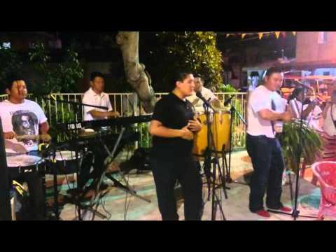 Dale biberón y Juana la cubana Tropical Latino isl