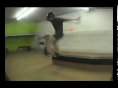 Crossroads Skate Park Montage streaming vf