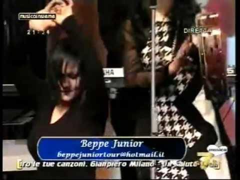 GRANDE SUCCESSO Su 7 Gold Beppe Junior canta la zitella e la pizzica tarantata