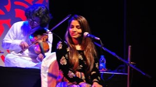 Shruti Pathak Songs Live Performance Indian Wedding Singer