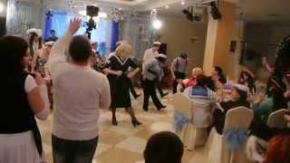 Мастер класс от ведущей Елены Наумовой в исполнении танца Яблочко