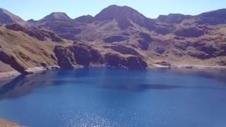 Lac bleu, Hautes Pyrénées, au dessus de la vallée de Lesponne.