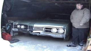 1967 Oldsmobile Delmont 88 Cold Start archival footage.