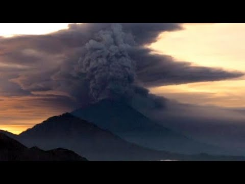 Science behind Bali volcano's rising eruption threat