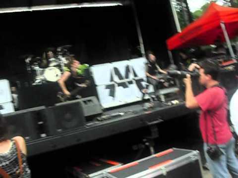 Asking Alexandria Concert!!! At Mayhem Festival Jully 11 2012