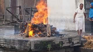 Hindu Cremations at Pashupatinath Temple in Kathmandu Nepal thumbnail