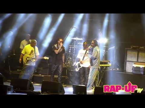 Snoop Dogg Performs with Future and Ace Hood in L.A.