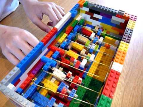 Lego harpsichord - Twinkle Twinkle Little Star