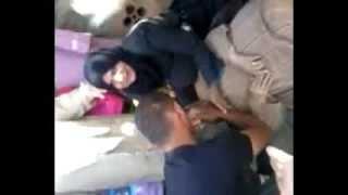 اعتداء على محتجي السكن  المضربين عن الطعام بتاريخ 25 جوان 2013 امام مقر ولاية المدية