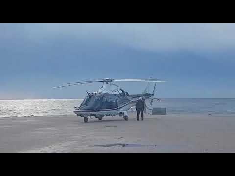 Elicottero dei carabinieri si innalza per le ricerche