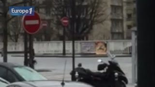 Video Charlie Hebdo / VIDÉO EXCLUSIVE - Les images d'une arrestation porte de Vincennes download MP3, 3GP, MP4, WEBM, AVI, FLV Juli 2018