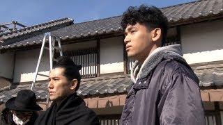 俳優の本木雅弘と、息子でモデルのUTAが、サントリー天然水「GRE...