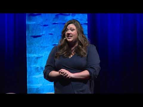 ASL Interpreting 101 For Hearing People | Andrew Tolman & Lauren Tolo | TEDxBend