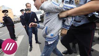 Как в Петербурге задерживали детей, пенсионеров и других протестующих