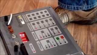 Измерения. Проверка работоспособности автоматов (автоматических выключателей) Shneider Electric(Процесс измерения работоспособности автоматов прибором Сатурн.... Проводятся измерения трехполюсных автом..., 2014-07-03T11:25:58.000Z)