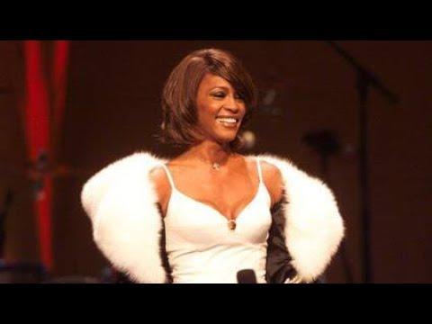 Whitney Houston | VMA's 2000