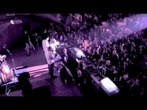 LOBODA - Постой, муЩина (live) thumbnail